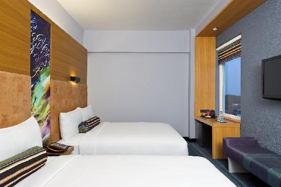 Aloft Coimbatore Singanallur: Aloft double queen Room