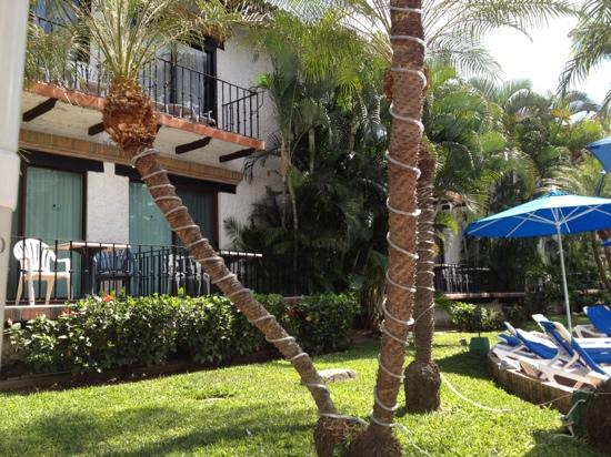 Hacienda Buenaventura Hotel & Mexican Charm All Inclusive: In the court yard looking at the rooms