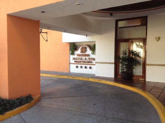 Hacienda Buenaventura Hotel & Mexican Charm All Inclusive: Outside front of hotel just freshly painted