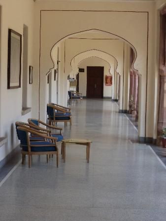 WelcomHeritage Umed Bhawan Palace: The Verandah