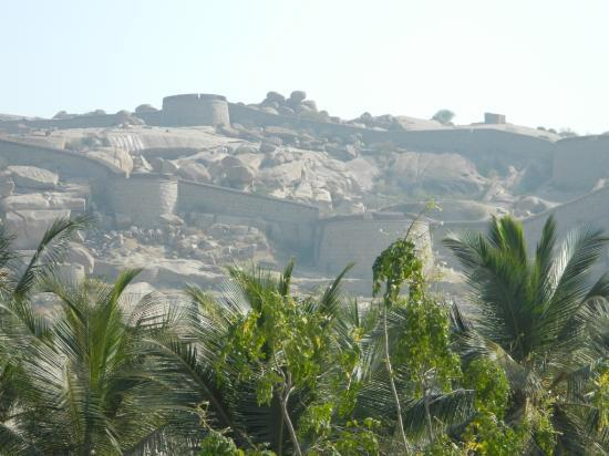 Pola Paradise: View of Bellary fort from balcony