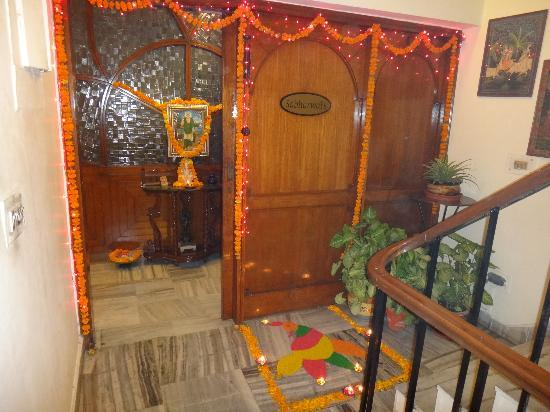 Anikas Nest Delhi Prices Amp Lodge Reviews New Delhi