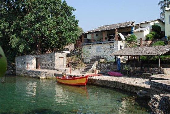Aqua Africa Lodge