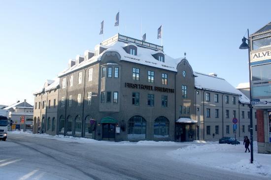 First Hotel Breiseth: Fasade