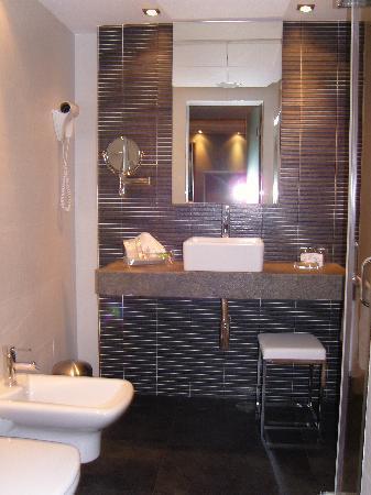 Hotel Regina: Cuarto de Baño