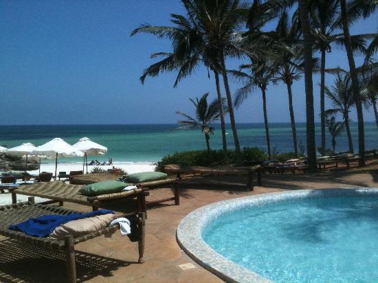 Garoda Resort: Piscina zona relax