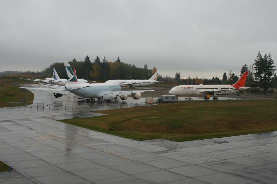 Mukilteo, واشنطن: Boeing Factory Runway Landing