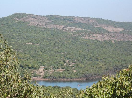 Mahabaleshwar Hill Station: view frm my hotel room