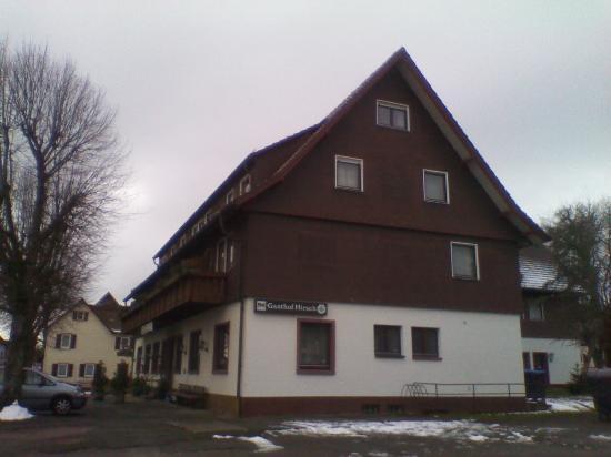 Hotel Zum Hirsch : Veduta dal parcheggio