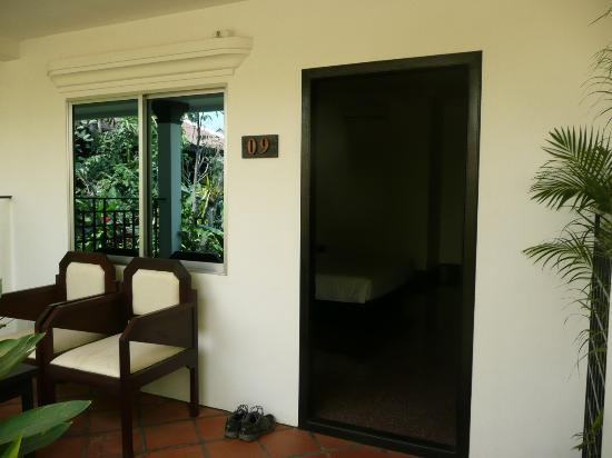 The Moon Boutique Hotel: Typical room entrance