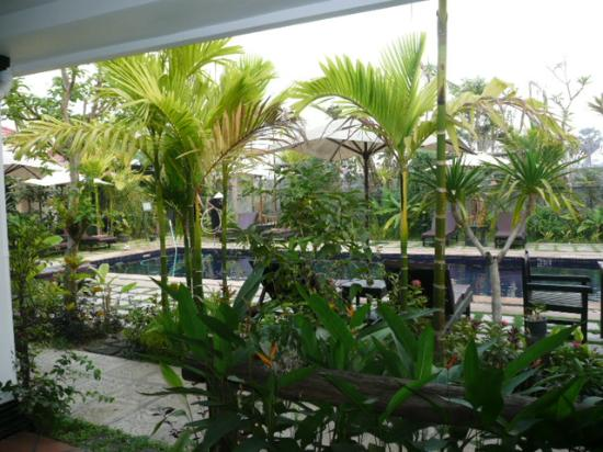 The Moon Boutique Hotel: The view overlooking the pool from my room