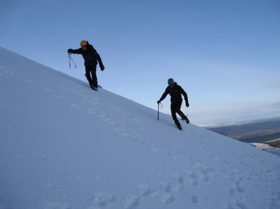 Cairngorm Adventure Guides: Winter Mountaineering, Cairngorms