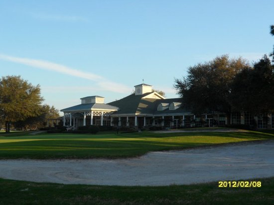 Silverthorn Golf & Country Club