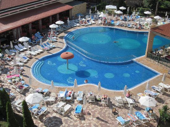 Alba Hotel: Poolen