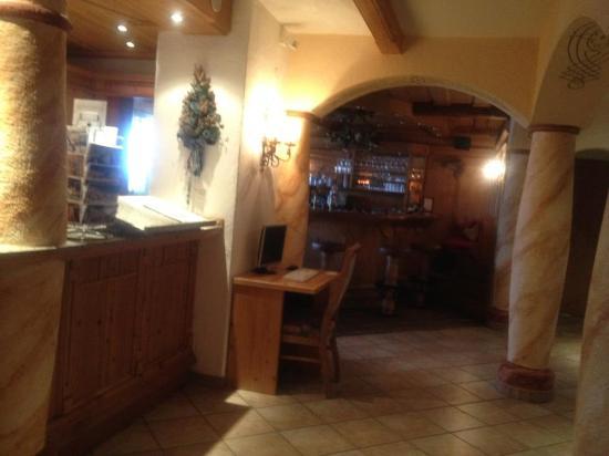 Hotel Latschenhof : Bar Area