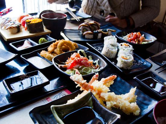 Sumo: various dishes