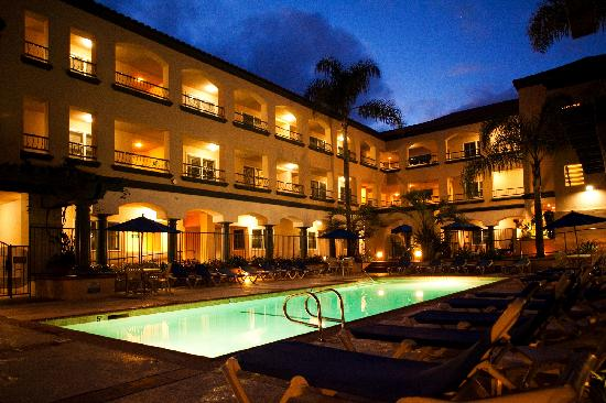 Tamarack Beach Resort and Hotel: Enjoy a Night Cap by the Pool