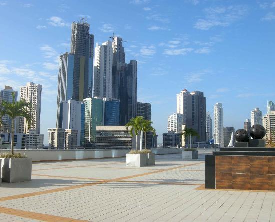 Hotel Riu Plaza Panama: en la terraza