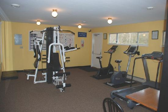 Burnaby Cariboo RV Park: Adults may use our fitness room.