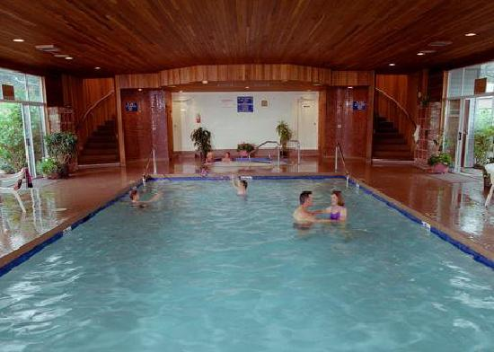 Burnaby Cariboo RV Park: Enjoy a swim in our indoor pool!