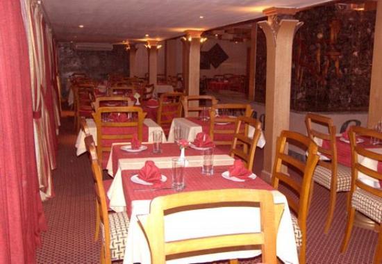 Caesar's Palace Hotel: Restaurant