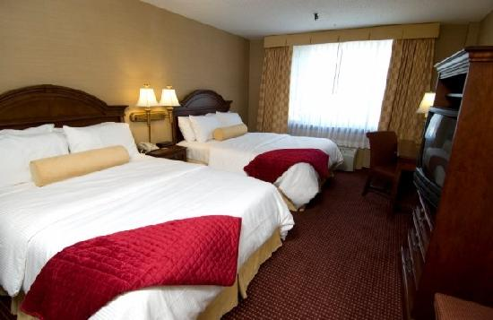 Capitol Plaza: Deluxe Double or Queen Room