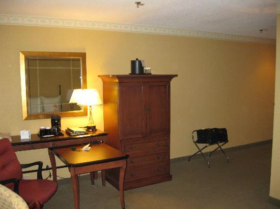 McKinley Grand Hotel: Work Space