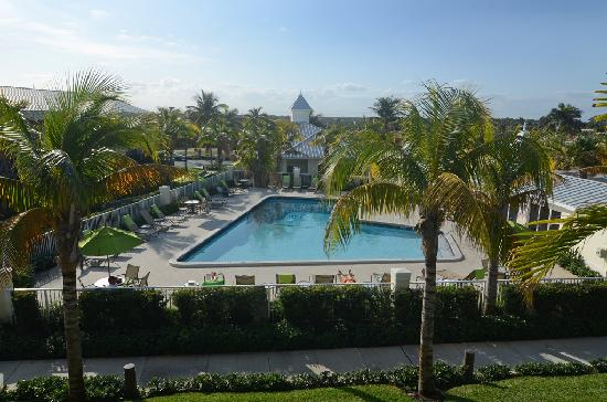 Holiday Inn Express North Palm Beach - Oceanview: Heated swimming pool
