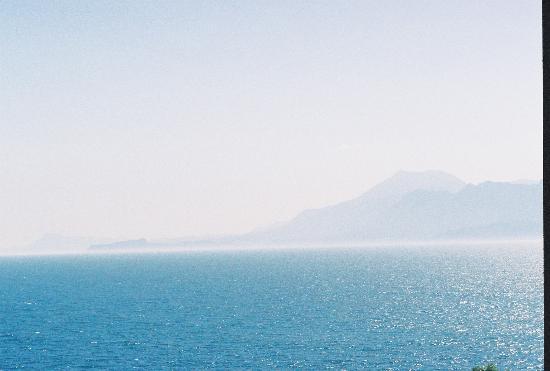 Antalya Adonis Hotel : С утра вид на море.