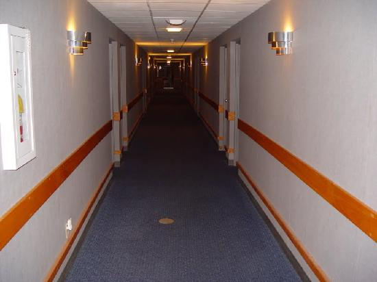 Greenville Inn: hallway