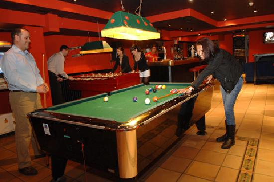 Hotel Refugi dels Isards: pub