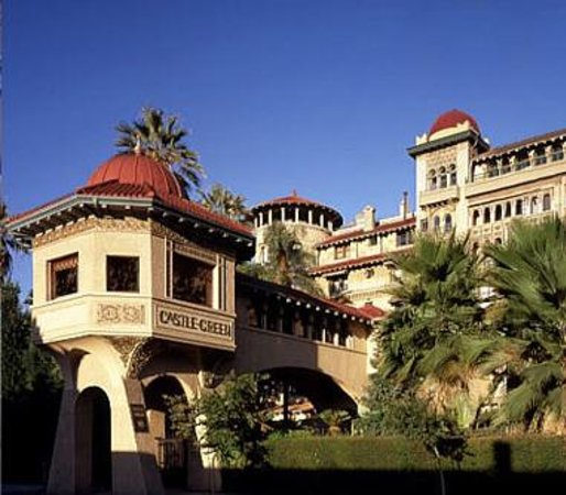 A Tour at the Historic Castle Green in Pasadena