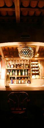 Cabanas Biuzaa': Bar