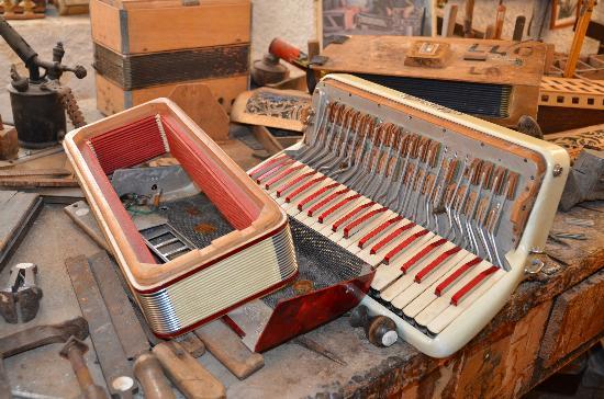 Museo Internazionale della Fisarmonica: museo della fisarmonica