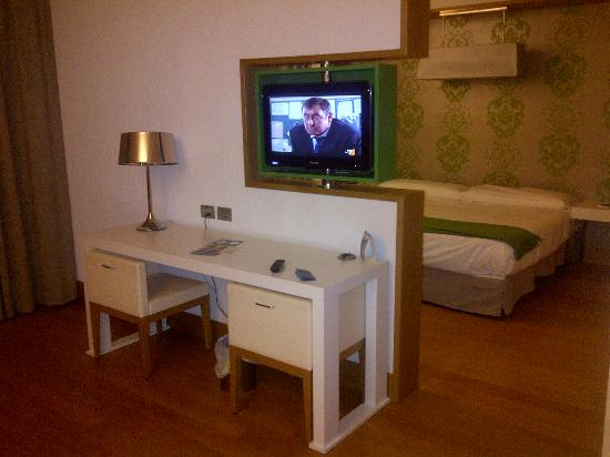 Junior Suite - Bagno - Picture of NH Palermo, Palermo - TripAdvisor