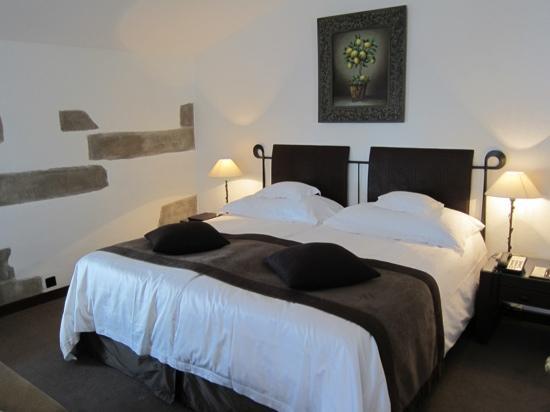 Hotel Les Armures Photo