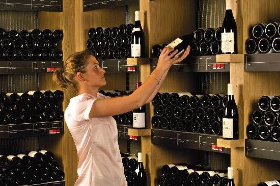 Les Vignerons de Mancey: le choix parmi plus de 80 appellations différentes dela Bourgogne