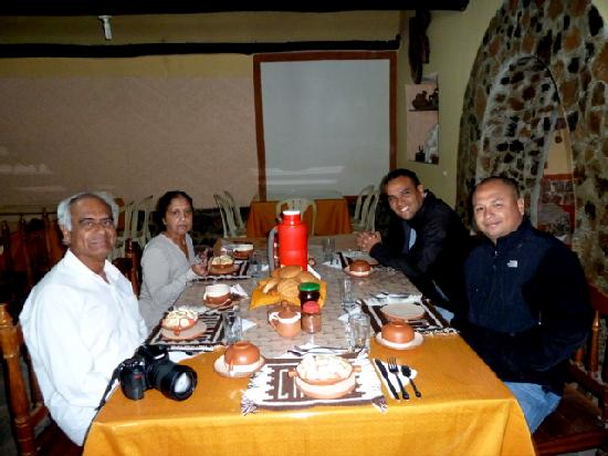 Eagle Tours: dinner in chillo