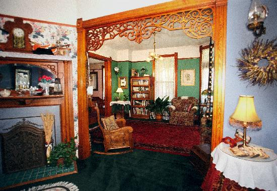 Bozeman's Lehrkind Mansion Bed and Breakfast: Can you see yourself relaxing with a good book and a cup of tea in front of the fireplace?  It's