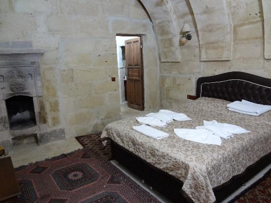 Castle Cave House: Room