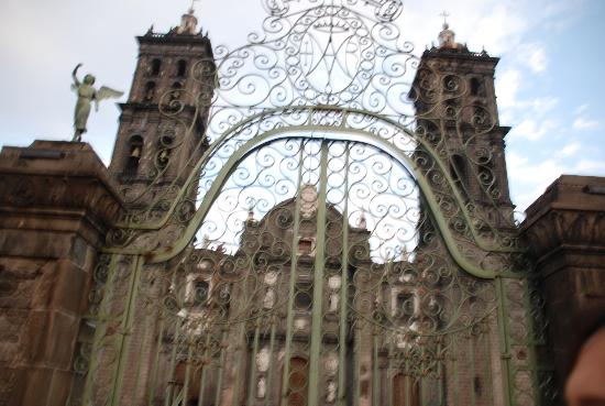 San Leonardo Puebla: Catedral
