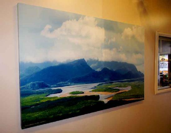 Lees Hotel: Permanent Art Exhibition