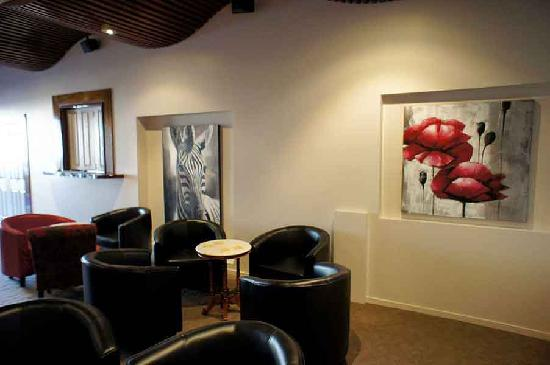 Lees Hotel: Guest Lounge