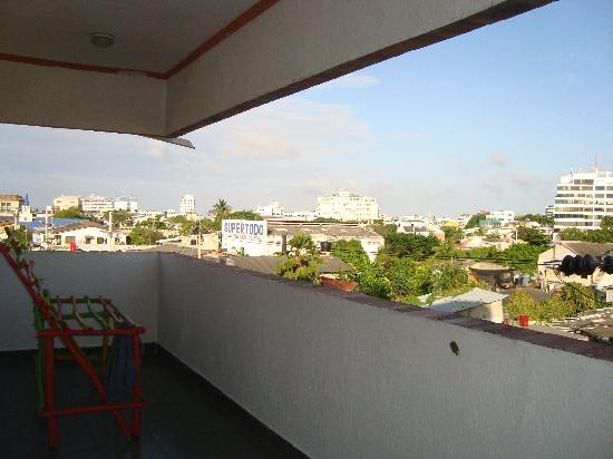 El Viajero San Andres Hostel & Suites: Balcon