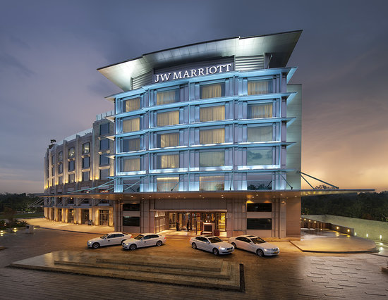 Jw marriott hotel chandigarh india hotel reviews - Chandigarh hotel with swimming pool ...