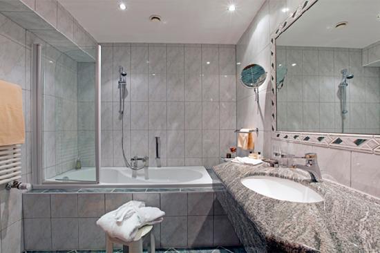 Hotel Post: Badezimmer