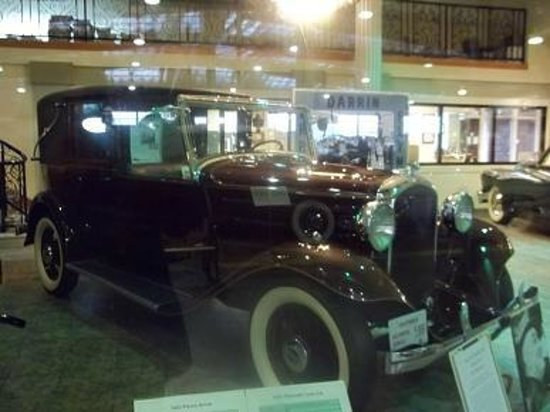 Automobile Driving Museum: 1932 Plymouth, President Roosevelt's Town Car