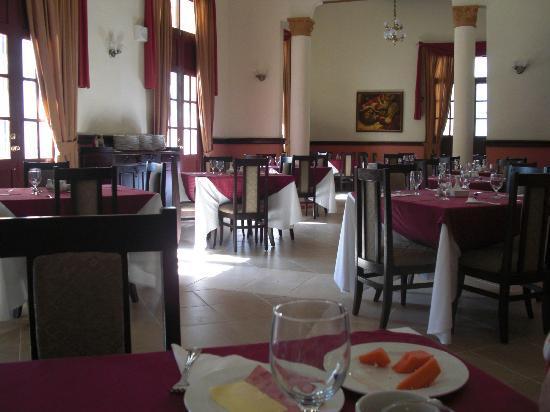 Hotel E Royalton: Breakfast/lunch/dining room