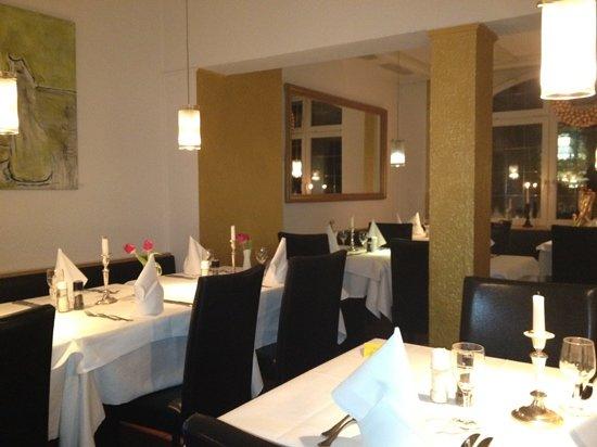 Girasole: nice classy interior!