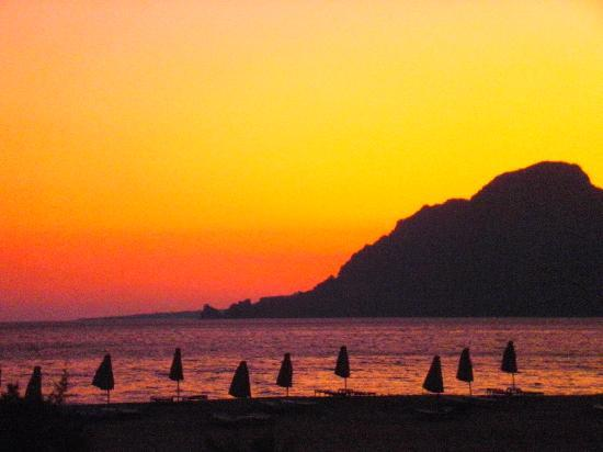 Plakias Suites : paligremnos sunset